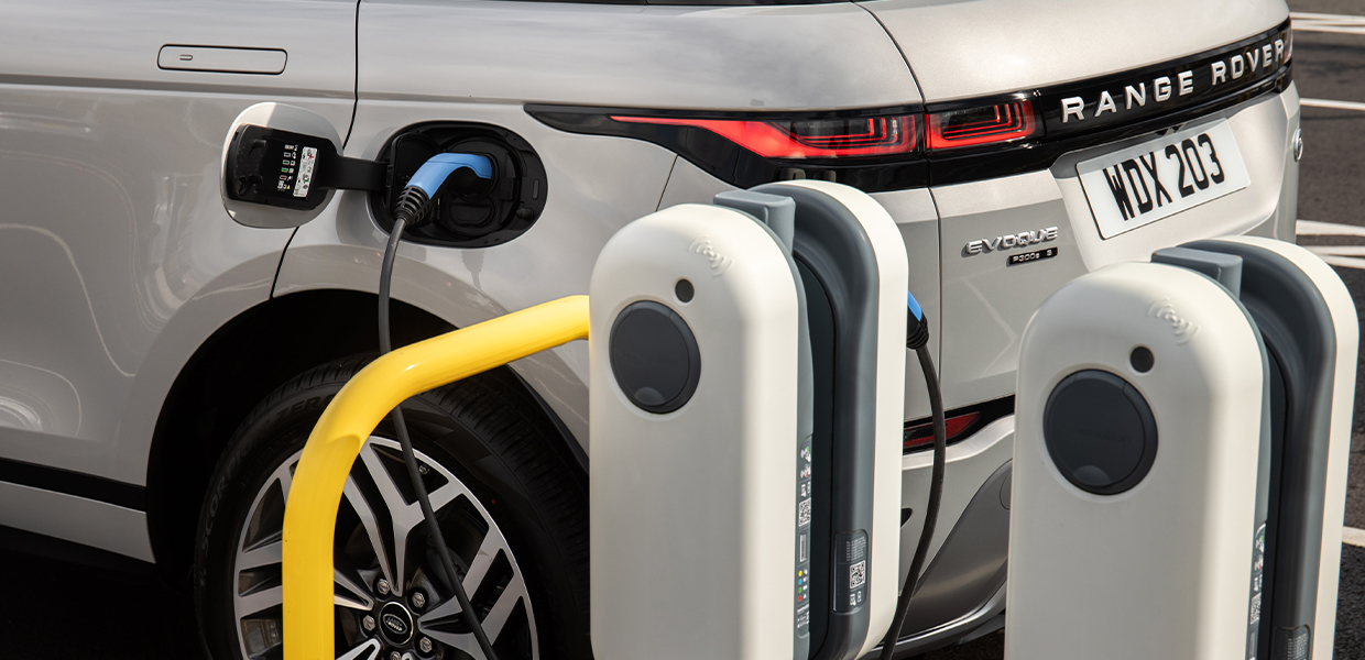 evoque e rear Newmotion commercial charging